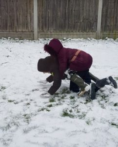 Ben-playing-in-the-snow